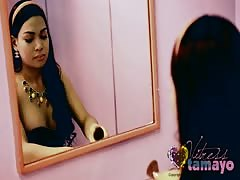 Vitress Tamayo gets off in the pink room