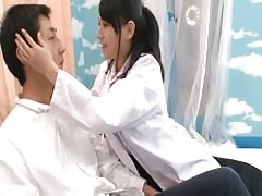 Hot brunette Oriental doctor sucks sucks cock her patient