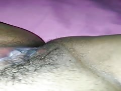 Hairy wet peruvian pussy on cam