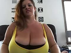 Oops at 4.00 huge boobs